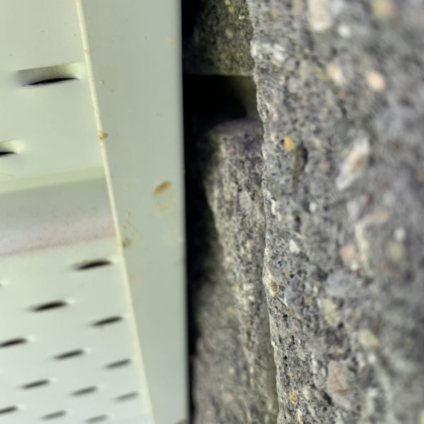 soffit gap